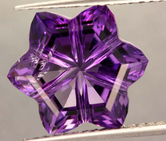 7.95 CTS SI  RICH DARK AMETHYST CARVING  [S6454 ]