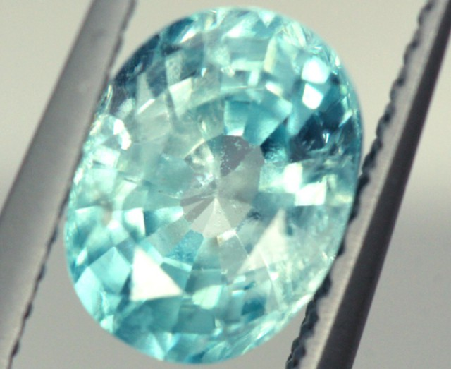 BLUE ZIRCON FACETED STONE 1.90 CTS PG-921