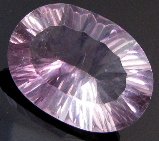 LARGE FLUROITE  BRIGHT PINK HUES 33.65  CTS  RT 749