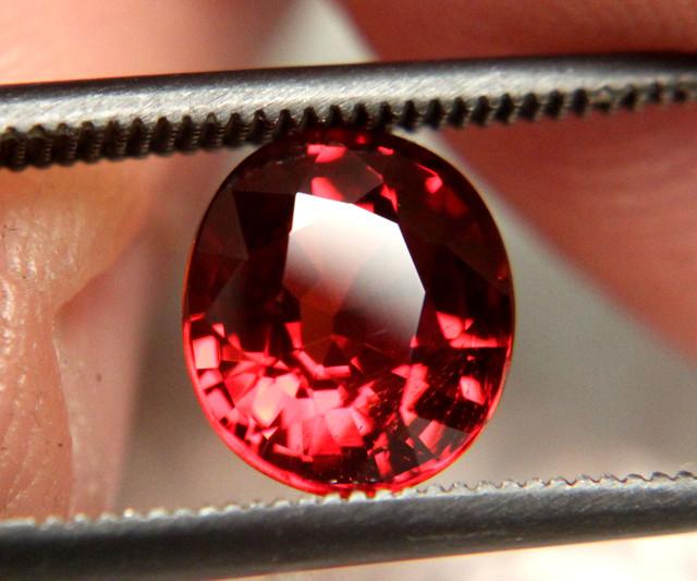 Fiery, Gorgeous, Fiery Red Spessartite - 2.53 Carats - VVS