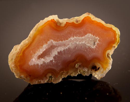 BEAUTIFUL AGATE GEODE MEXICO 99CT JW-8