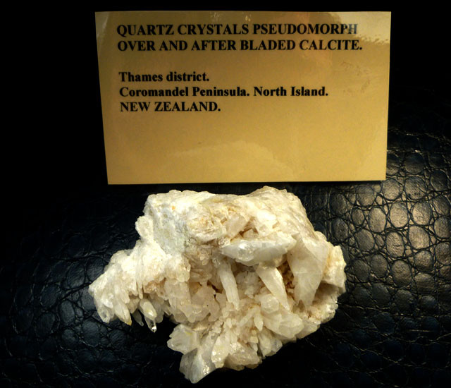 NEW ZEALAND    QUARTZ CALCITE  860 CTS RT 1451