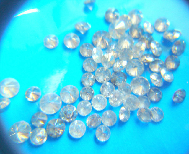 NATURAL WHITE DIAMONDS-3PTS-7PTSMIX SIZE-5CTWLOT,NR