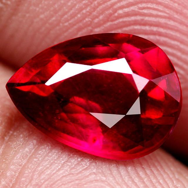 2 82 Carat VS Pigeon Blood Ruby Gem - Superb