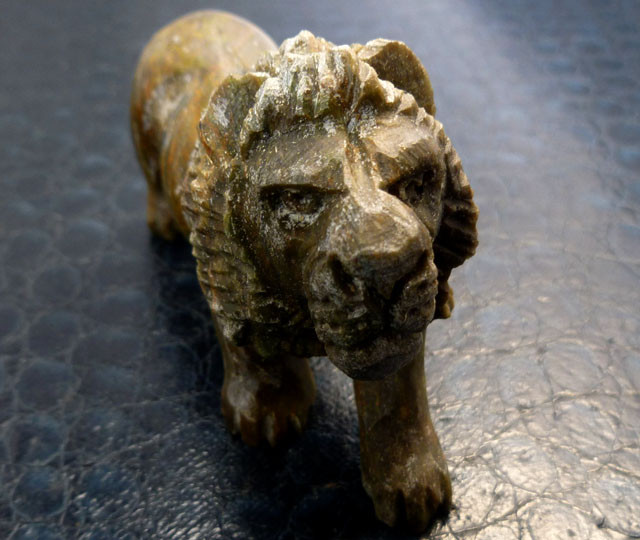 Cts animal carving verdite gemstone ms