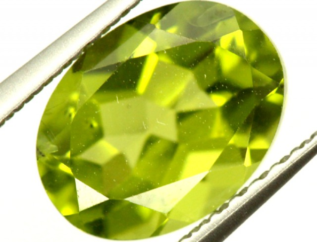 PERIDOT FACETED STONE 2.30 CTS PG-831