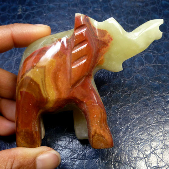 774 CTS ELEPHANT  ONYX CARVING MS 849