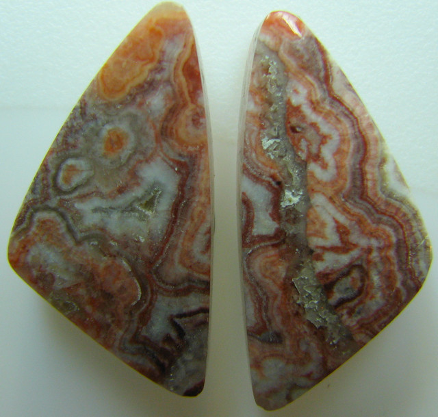ROSETTA JASPER PAIR OF STONES GREAT PATTERNS 17.95 CTS