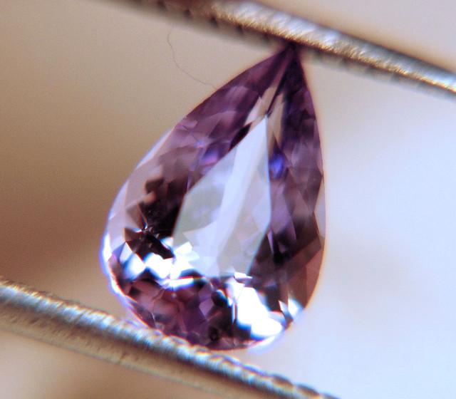 1.38 Carat VVS1 Purple Tanzanite Beauty