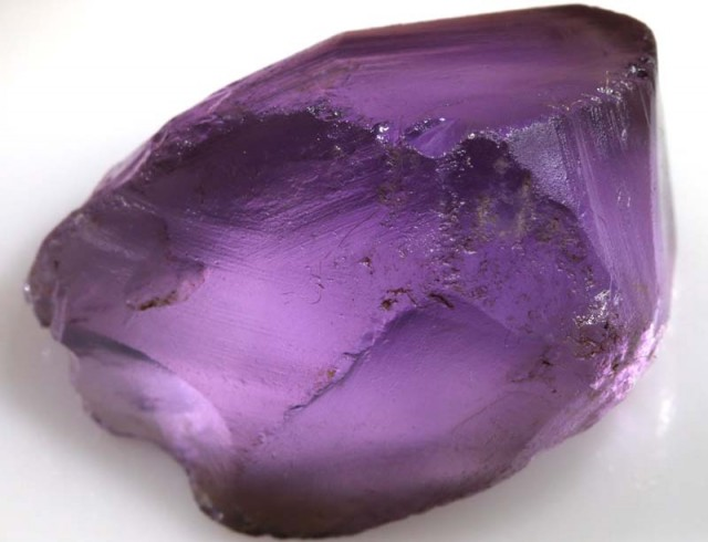 AMETHYST ROUGH  52  CTS  ADG-1090