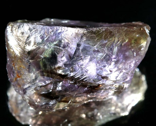 AMETRINE ROUGH  28   CTS  ADG-1076