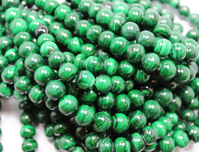 420CTS-1 STRAND MALACHITE BEADS 9 MM 16 INCH + CLASP