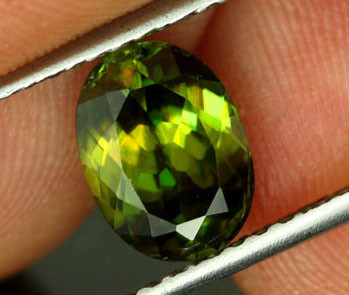 2.16 CTS VS CERTIFIED GREEN SPHENE [SPG16]