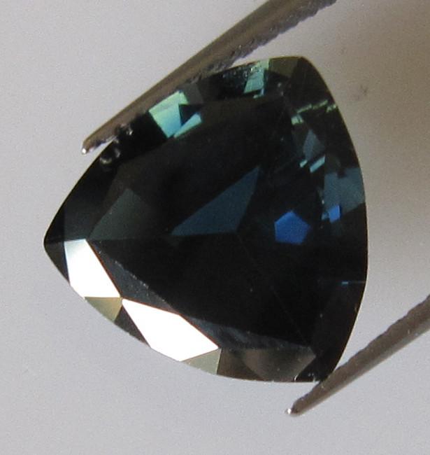 3.26cts Australian Blue Trillion Cut Blue Sapphire