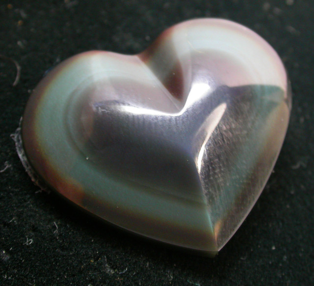27.80 CTS  RAINBOW OBSIDIAN HEARTS -IRIDESCENCENT [MGW2365 ]