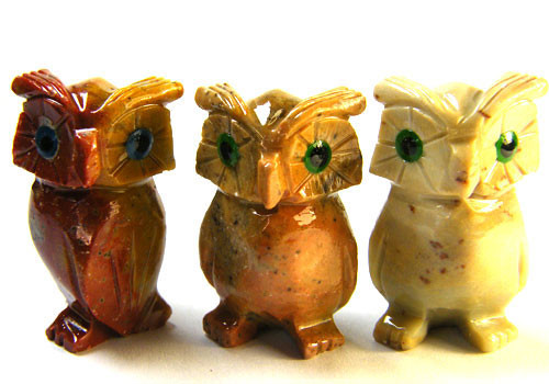 PARCEL 3 CUTE  OWL   ROCK CARVINGS  FROM PERU       AAA 975