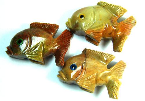 PARCEL 3 CUTE FISH ROCK CARVINGS  FROM PERU       AAA 1031