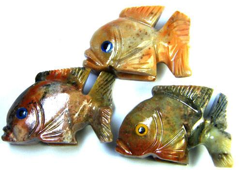 PARCEL 3 CUTE FISH ROCK CARVINGS  FROM PERU   AAA 1040