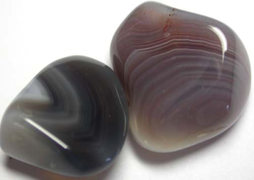 STRIPED BOTSWANA AGATE  32.5 CTS   [MGW914 ]