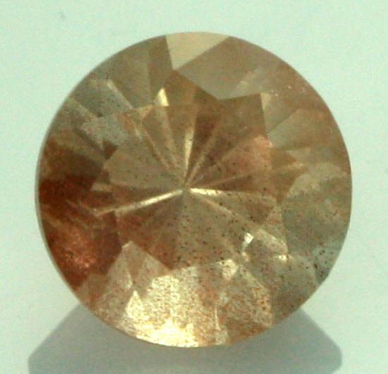 0.54 CTS CERTIFIED OREGON SUNSTONE WITH COPPER [LBO26]