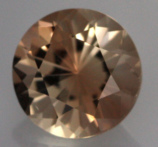 0.83 CTS CERTIFIED OREGON SUNSTONE WITH COPPER [LBO65]