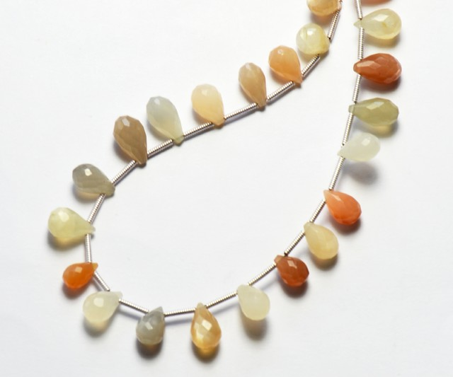 NEW ITEM South Indian MOONSTONE 48 drop briolettes 7-10mm