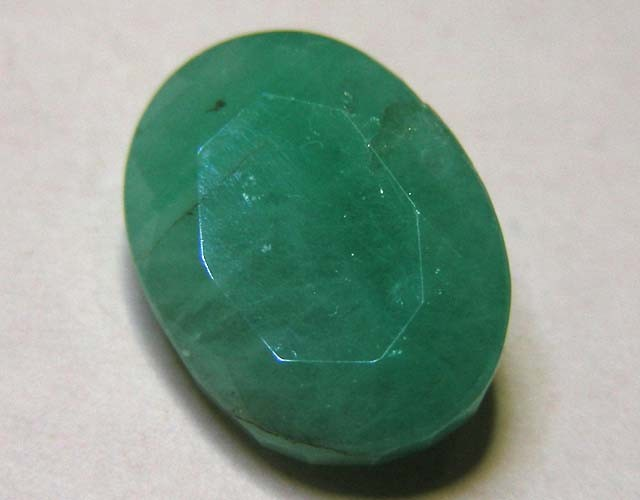 5.24 CTS OVAL FACTED EMERALD  11368