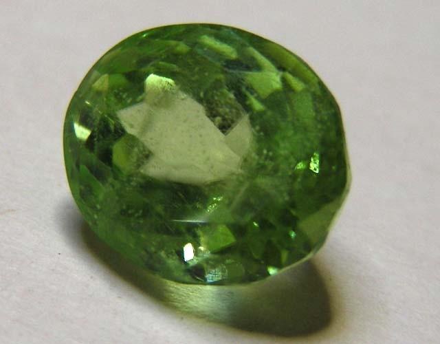 3 69 cts pakistan peridot gemstone 11 341