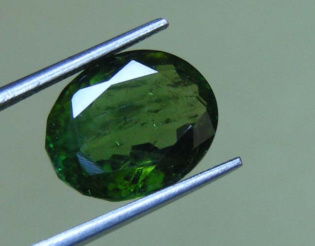 4.35 CTS  FACETED TOURMALINE GEMSTONE  11 643
