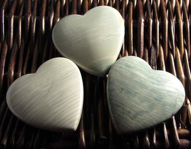 390CTS THREE WAVE HEART JASPER BEADS  MS 1456