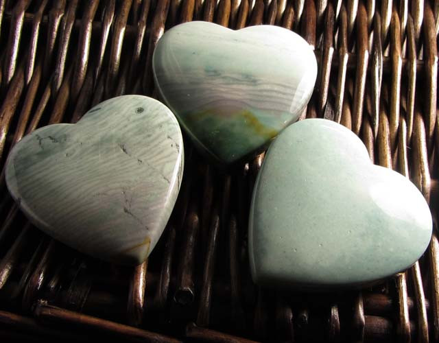 390CTS THREE WAVE HEART JASPER BEADS  MS 1457