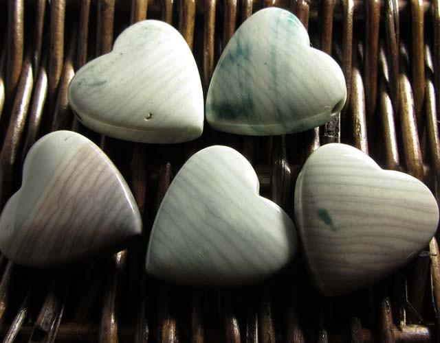 207 CTS FIVE WAVE HEART JASPER BEADS  MS 1465