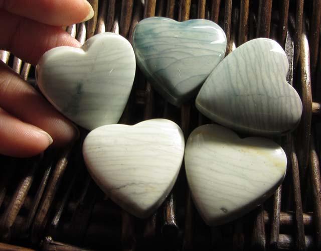 207 CTS FIVE WAVE HEART JASPER BEADS  MS 1474
