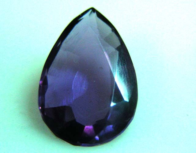 5.22 CTS AMETHYST  GEMSTONE FACETED   11505