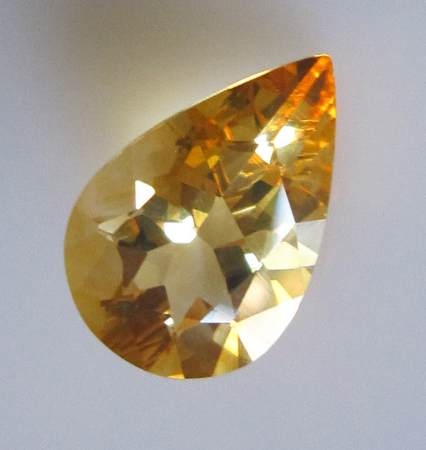 Golden Yellow Citrine Pear Shape, 3.36cts