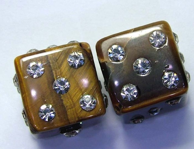 TIGER EYE DICE WITH CZ STONES 59.9 CTS AS-A9012