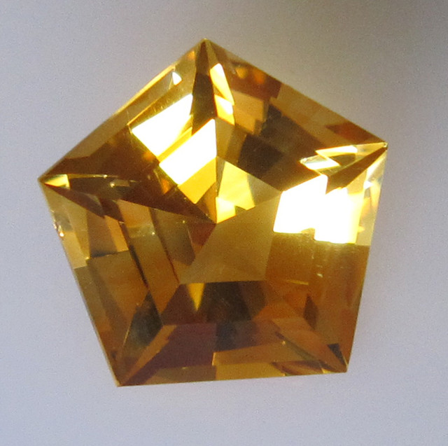 Golden Yellow Citrine Pentagonal Shape, 5.35cts