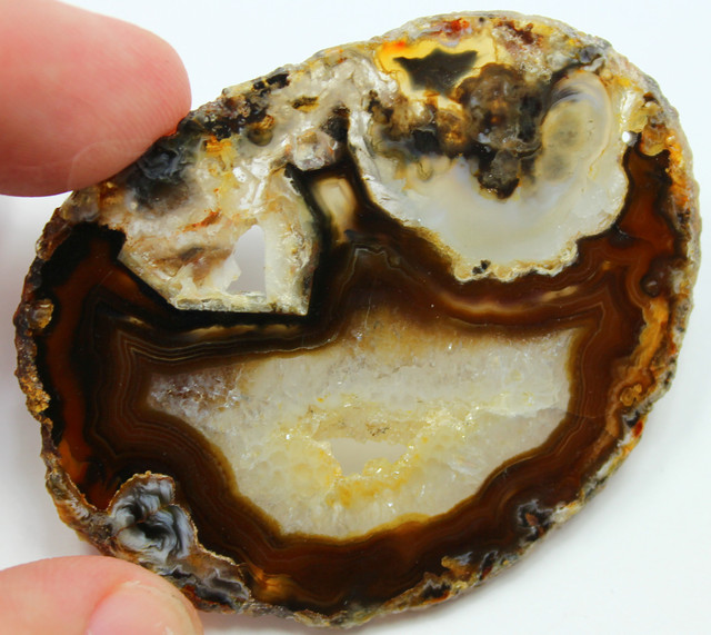 90.00 CTS AGATE SLICE NATURAL DRILLED FOR HANGING ON WINDOW