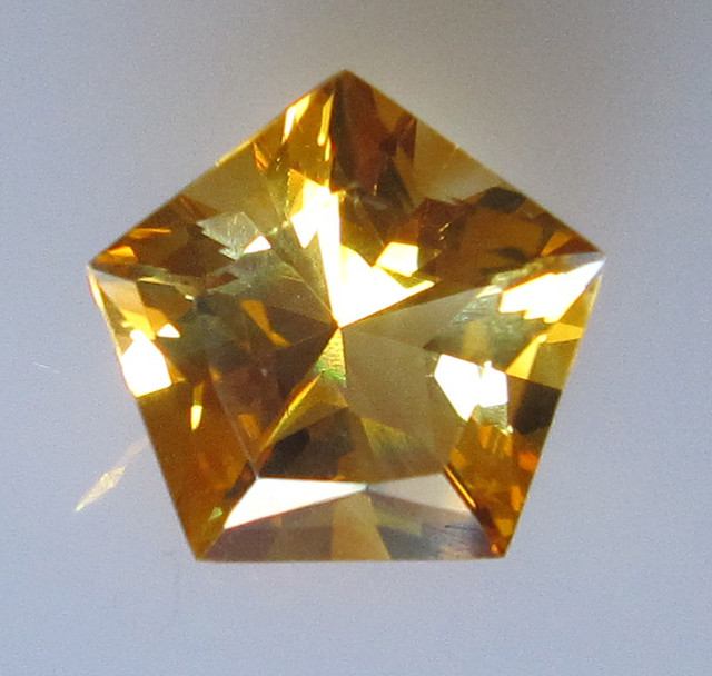 2.64cts Golden Yellow Citrine Pentagonal Shape