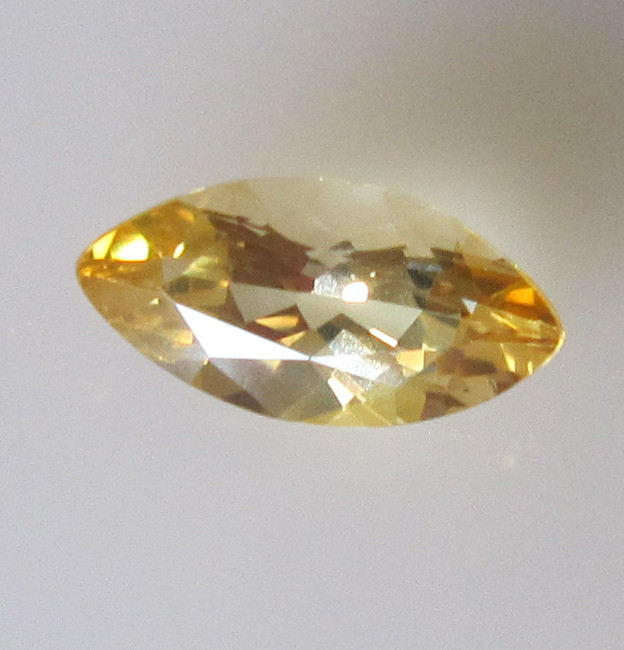 Light Golden Yellow Citrine Marquise Shape, 0.91cts