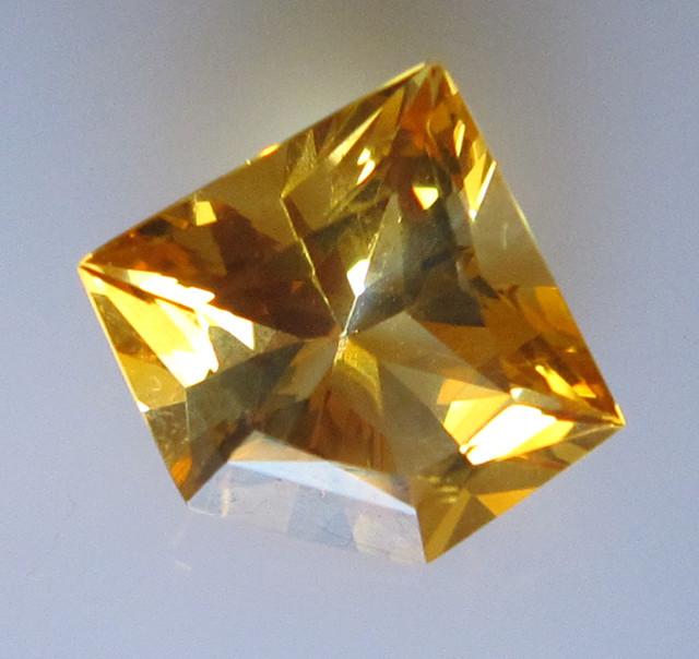 Golden Yellow Citrine Diamond Profile Shape, 3.19cts