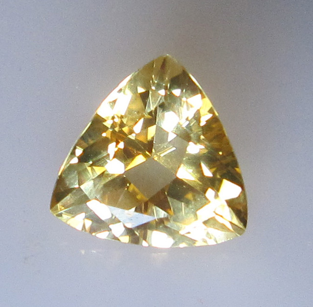 Yellow Citrine Trillion Shape, 2.20cts
