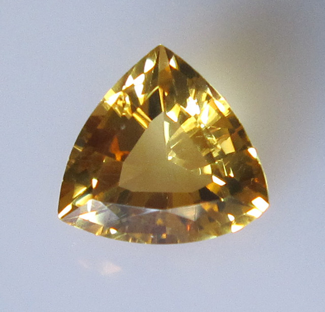 Golden Yellow Citrine Trillion, 2.98cts
