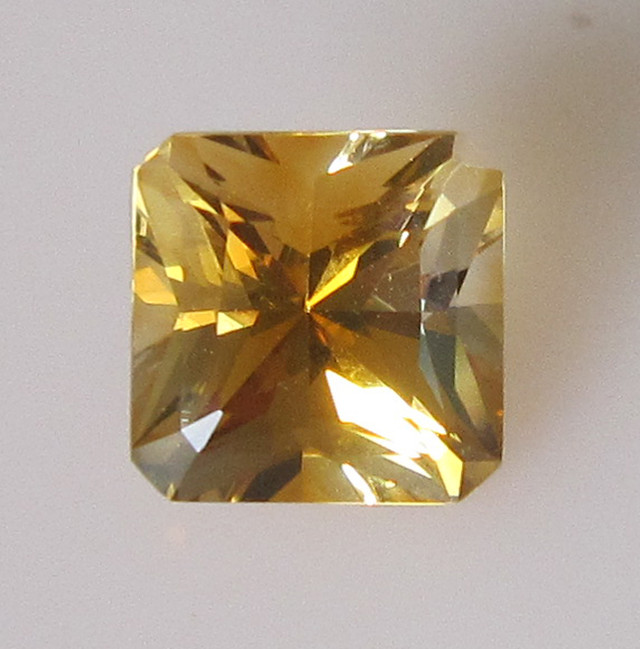 Golden Yellow Citrine Radient Cut, 2.03cts