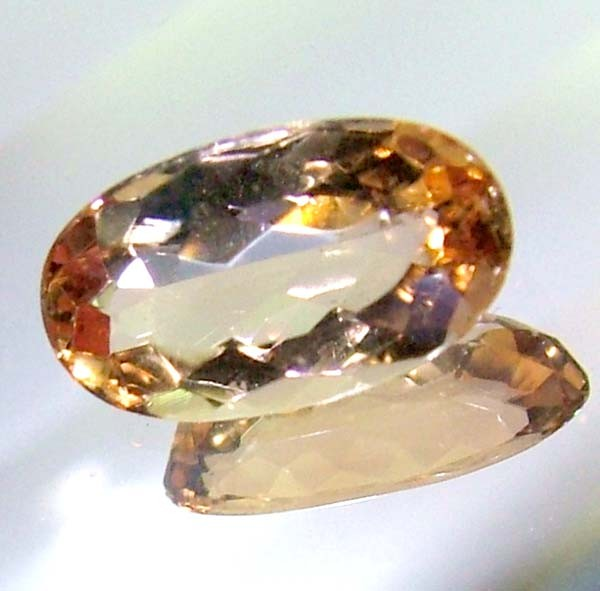 vvs1imperial topaz FACETED STONE  1.5 CTS AS-A9021