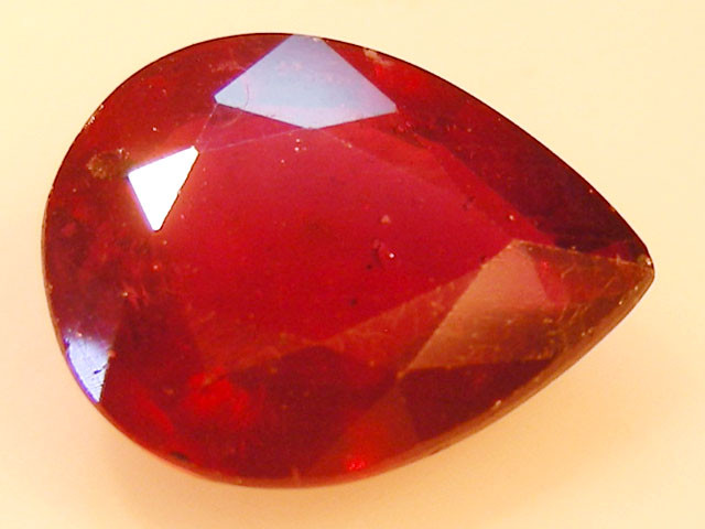 CERT 4.63 CTS FACETED RASPBERRY RED RUBY  11 1077