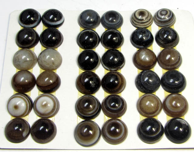 180 CTS PARCEL 18 PAIRS   AGATE 10MM BUTTONS  MS 1552