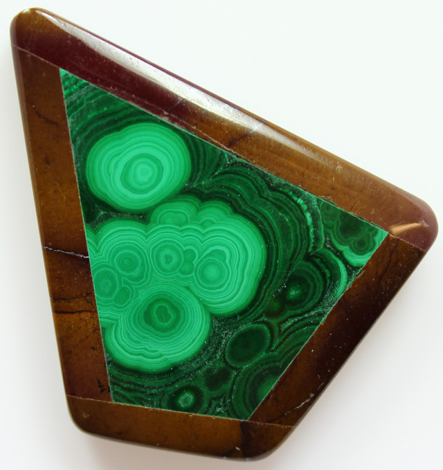 100.00 CTS INTARSIA MALACHITE EYE LIKE RINGS MOOKAITE SIDES