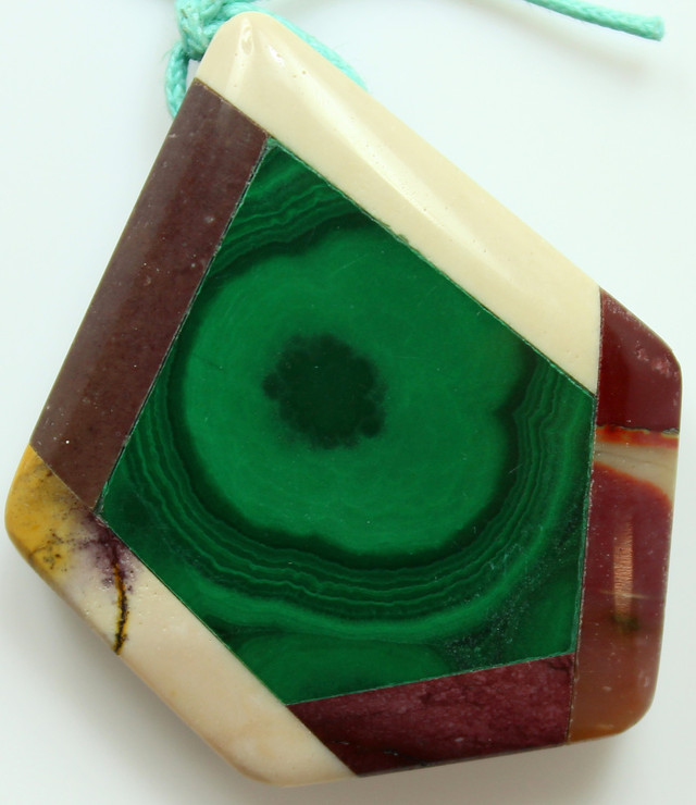 78.50 CTS INTARSIA MALACHITE EYE LIKE RINGS MOOKAITE SIDES