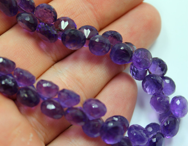 137 CTS AMETHYST STRAND OF BEADS 51 STONES